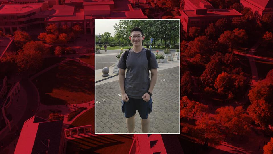 During the fall semester, business major Xiangyuan Su participated in his courses remotely from his hometown of Hangzhou, China.